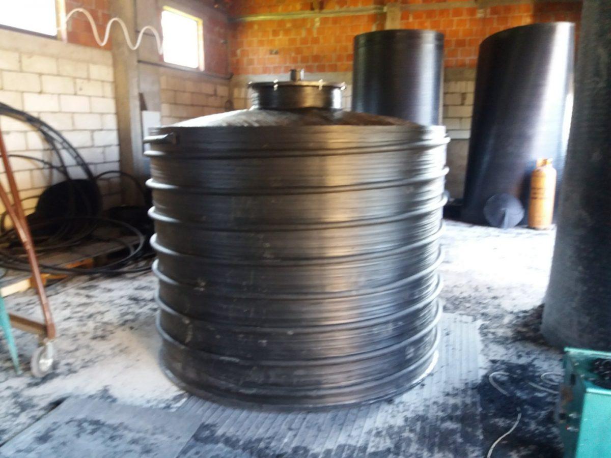 Podzemni plasticni rezervoari